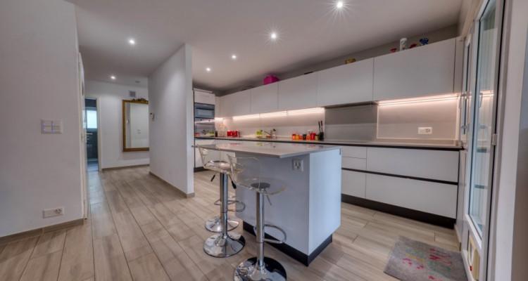 Belle villa moderne de plein-pied à Mies image 5