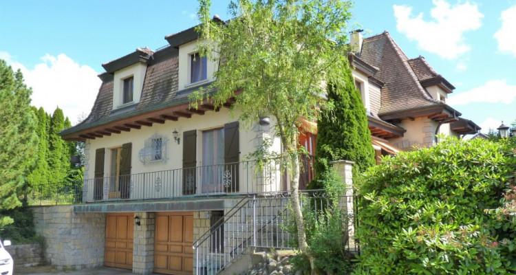 A Mézières, proche de Romont, charmante maison au style unique. image 6