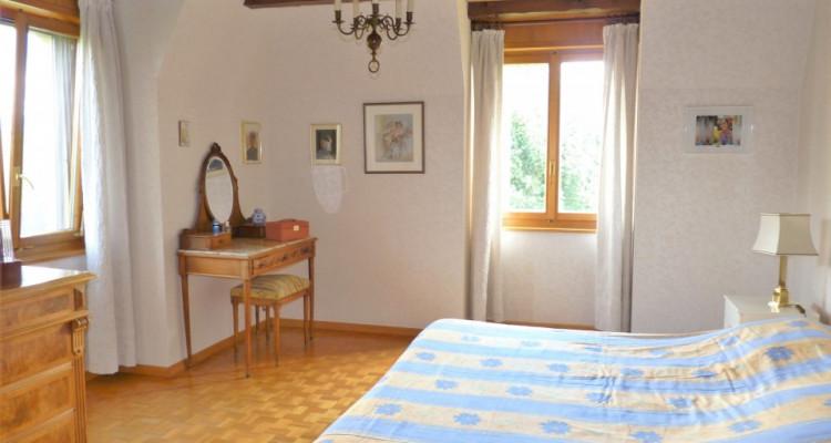 A Mézières, proche de Romont, charmante maison au style unique. image 20