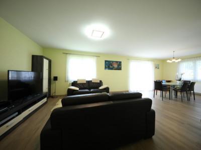 Magnifique appart 3,5 p / 2 chambres / 1 SDB / balcon vue lac image 1