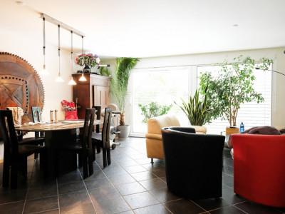Magnifique maison 6,5p // 4 chambres + combles // Grand jardin image 1