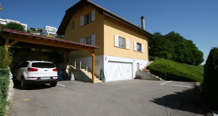 superbe villa indépendante, situation dominante, à l'état de neuf. image 12