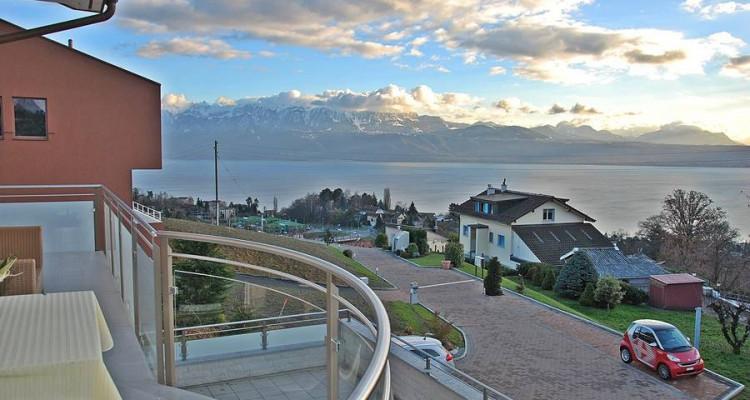 Superbe duplex, Haut-standing, Vue imprenable sur le lac et les Alpes image 2