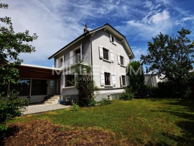 Maison de charme 5P à Meyrin image 1