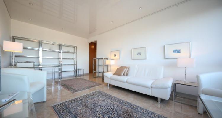 Splendide 3 pièces meublé avec balcon - 1 chambre - 1SDB image 2