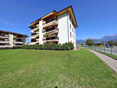 Magnifique appart 4,5 p / 3 chambres / 1 SDB / mezzanine / balcon. image 1