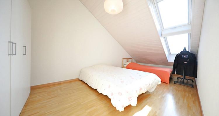 Magnifique appart en attique 2,5 p / 1 chambre / 1 SDB  image 3