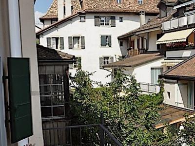 Magnifique petite maison de ville contiguë avec 2 appartements image 1