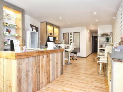 Superbe local commercial / 3 bureaux / 1 wc  image 1