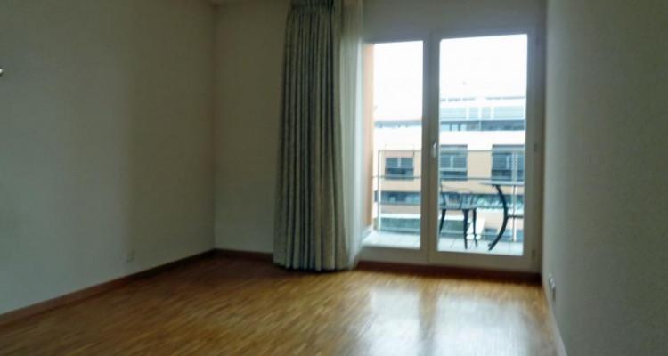 Proche de la gare - appartement semi-meublé avec 2 balcons image 8