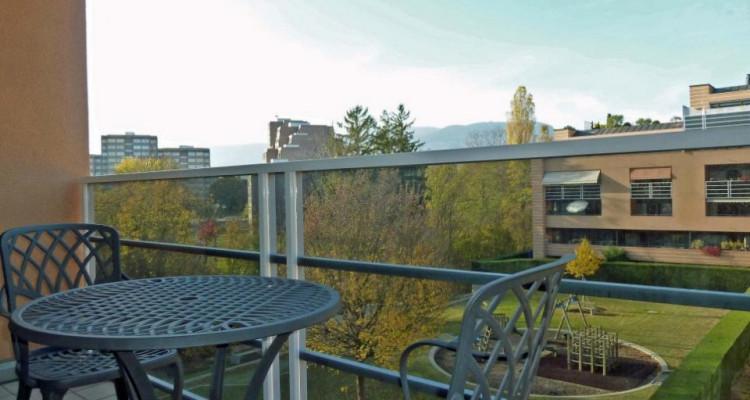 Proche de la gare - appartement semi-meublé avec 2 balcons image 13