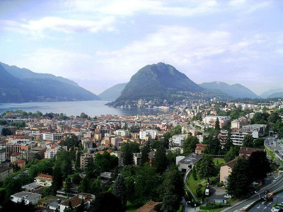 Immeuble commercial à saisir à Lugano image 1