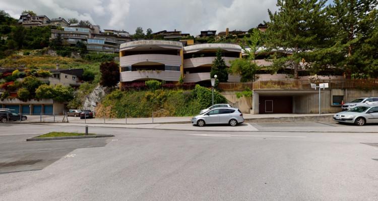Appartement de 4.5 pièces avec grand balcon image 2