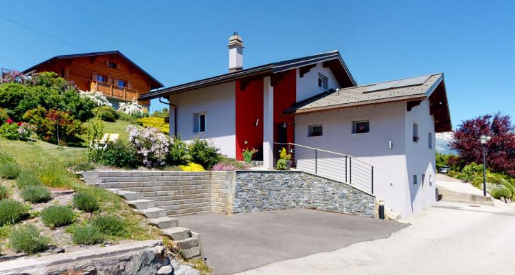 Maison de caractère entièrement rénovée image 1