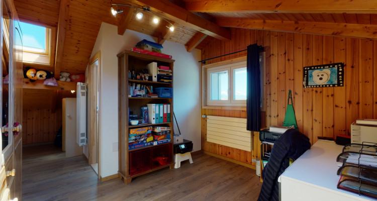 Maison de caractère entièrement rénovée image 9