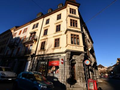 Immeuble de 8 appartements au centre ville avec surface commerciale image 1