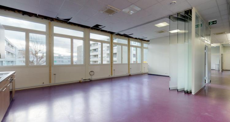 Espace de  locaux modulables à aménager au 1er étage image 5