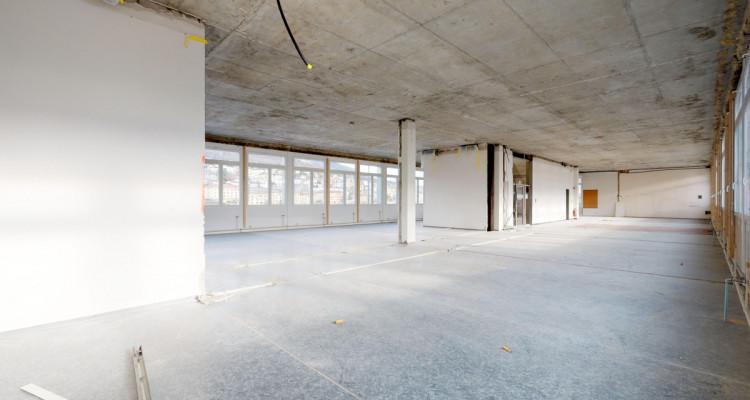 Espace de  locaux modulables à aménager au 1er étage image 4