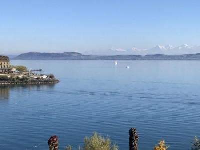 Opportunité : Attique avec vue panoramique sur le lac à Neuchâtel ! image 1