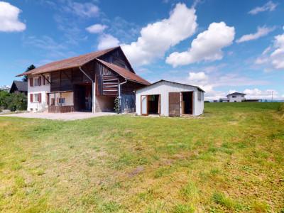 Beau potentiel pour cette habitation avec rural ! image 1