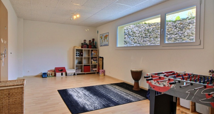 Loin du stress ambient, pour couple à la retraite ou famille nombreuse cette maison est pour vous ! image 16