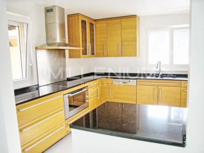 Villa jumelée 5.5P avec studio indépendant image 1