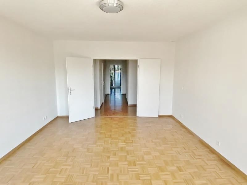 Appartement à louer proche HUG 5 pièces 120 m2 à Genève