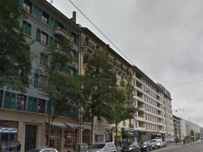 Bel appartement de 2.5 pièces aux Acacias.  image 1