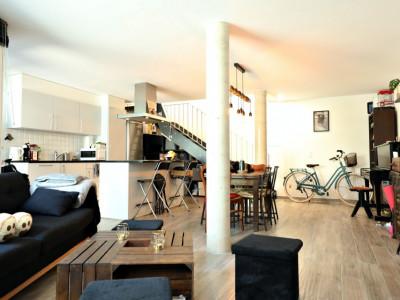 Magnifique appartement en duplex 2,5 p / 1 chambre / 1 SDB image 1