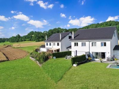 Belle villa moderne, parfaitement entretenue et grand jardin à vendre ! image 1