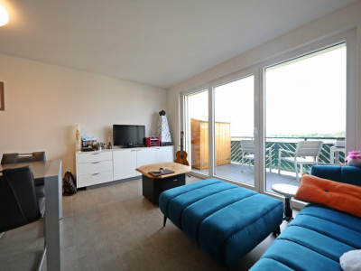 Splendide 2,5p // 1 chambre // 1 SDB // Balcon avec vue image 1