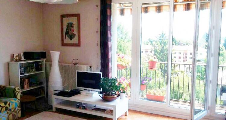 Appartement lumineux avec vue image 1