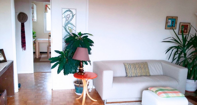 Appartement lumineux avec vue image 2