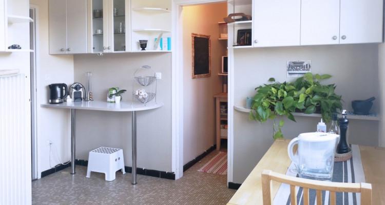 Appartement lumineux avec vue image 8