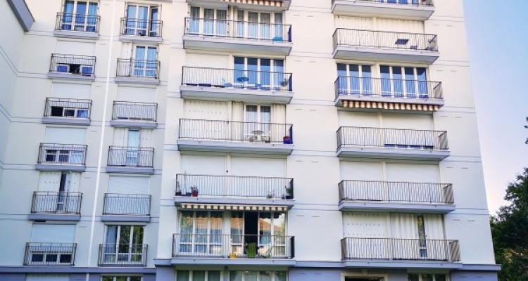Appartement lumineux avec vue image 16