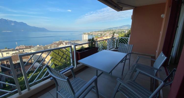 Beau studio meublé avec grand balcon et magnifique vue ! image 9