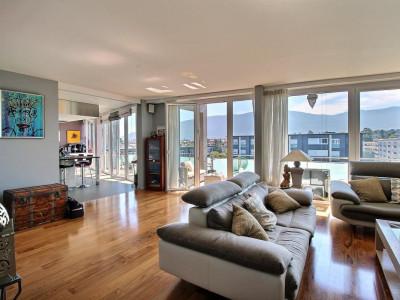 Bel appartement attique au calme image 1