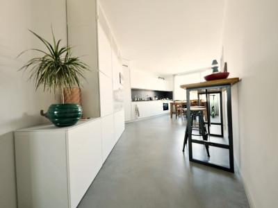 VIDEO 3D // Magnifique appartement 4 P / 2 chambres / SDB  image 1