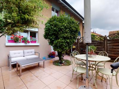 Grande maison avec jardin privatif ! image 1