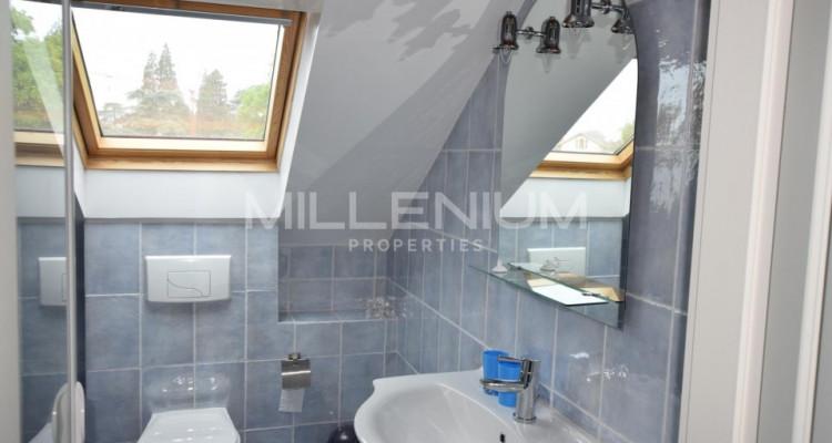 Très beau duplex meublé avec terrasse au Petit-Lancy image 9