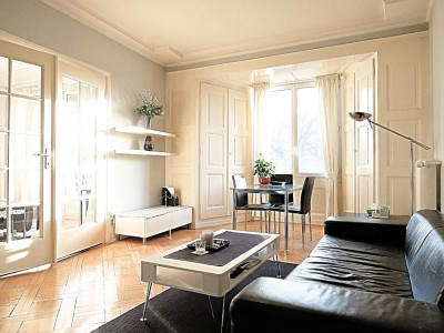 Superbe 3 p meublé / 1 chambre / 1 SDB / Balcon image 1