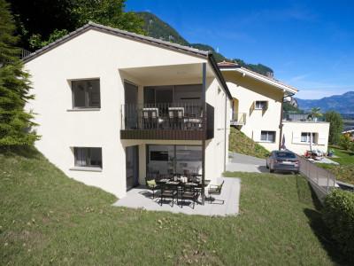 FOTI IMMO - Appartement dans les combles de 4,5 pièces, avec balcon et jardin.(B2) image 1