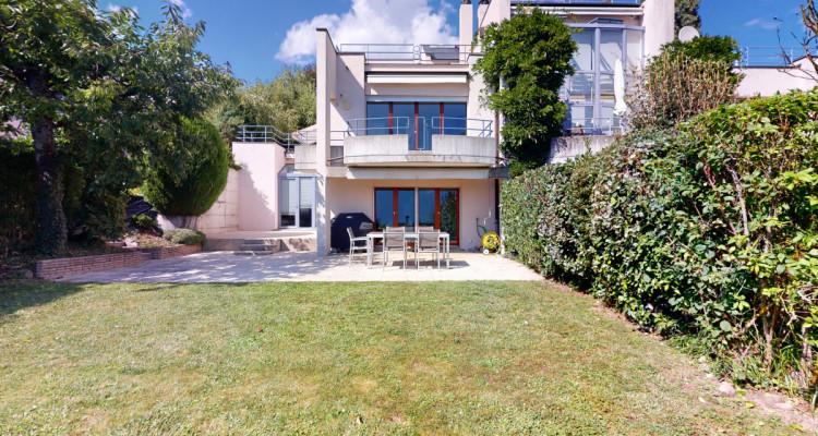 Villa familiale avec vue panoramique sur le lac à La Conversion image 2