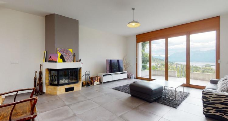Villa familiale avec vue panoramique sur le lac à La Conversion image 4