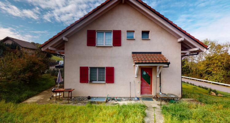 Maison jumelée avec grand jardin à Vauderens image 1