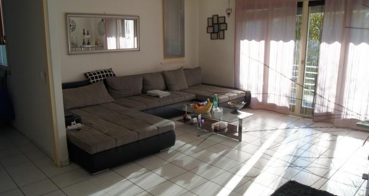 Très bel appartement de 4,5 pièces, proche des écoles et commerces, au calme image 1