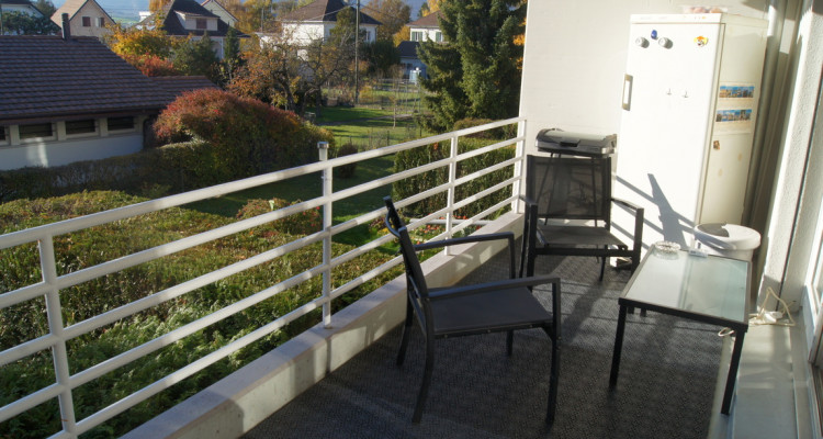 Très bel appartement de 4,5 pièces, proche des écoles et commerces, au calme image 3