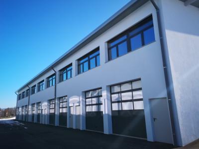 A LOUER DE SUITE : Halles de stockage à 5 minutes de Romont image 1