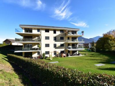 Appartement Minergie très lumineux avec magnifique vue sur les montagnes et grand balcon image 1