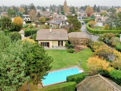 Au calme Maison individuelle avec 4 chambres et piscine. image 1